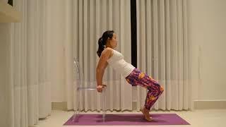 Sequência com a Cadeira (Mobilização de Coluna e Variação do Long Back Stretch)