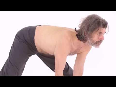 Wie sich bei den Beschäftigungen mit dem Yoga, um zu ernähren abzumagern