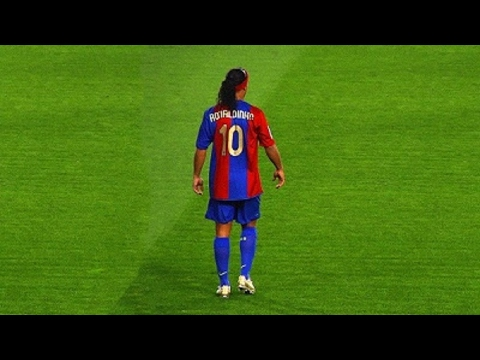 Ronaldinho Gaucho ● Moments Impossible To Forget