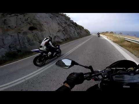 Yamaha MT-07 onboard vs YZF-R6 - Fast ride to Sounio with friends