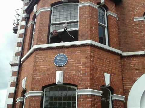 , title : 'Factory Records Plaque Unavailing by Shaun Ryder at 86 Palatine road'