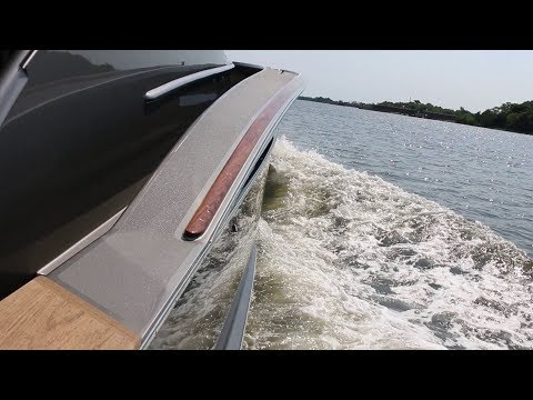Jarrett Bay 46' Walkaround Express video