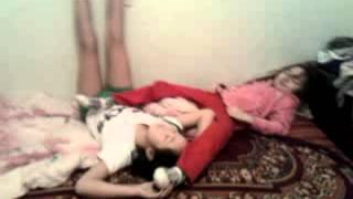 спят усталые деффчонки