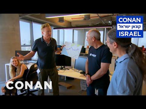 Conan na prohlídce sídla společnosti Waze - CONAN
