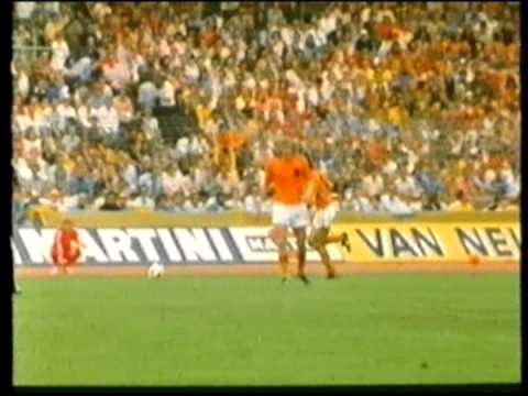 7 – Johnny Rep, Netherlands v Uruguay, 1974 World Cup – 90 World Cup Minutes In 90 Days