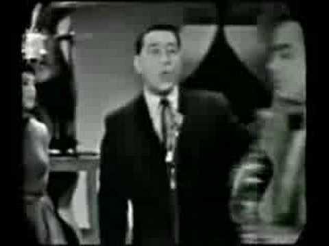 Louis Prima - Just a Gigolo & I Ain't Go Nobody
