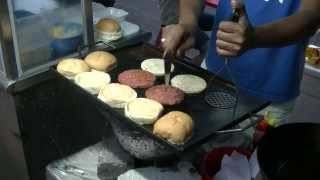 preview picture of video 'Roadside Burger Stall, Petaling Jaya, Food Hunt, Gerryko Malaysia'