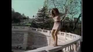 Alanis Morissette - Walk Away (Scrapped Demo Version)