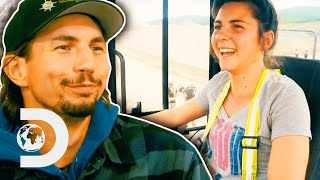 Parker's New Inexperienced Crew Helps Gather $1,100,000 Worth of Gold! | Gold Rush