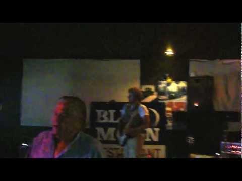 La Grange / Jeff Eikamp Guitar Solo @ The Blue Moon, Coos Bay, OR