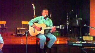 preview picture of video 'ALFREDO TUCU TOJA EN EL REENCUENTRO PICHONERO 2012'