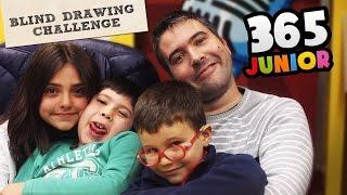 BLIND DRAWING CHALLENGE - DRAWING THINGS BLINDFOLDED - El Reto de  dibujar con los ojos cerrados