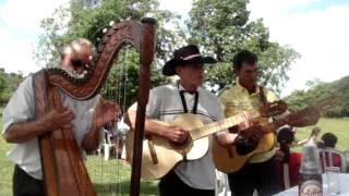 preview picture of video 'Música Paraguaya - Cumple de Pachiqui - San Juan Bautista, Misiones Paraguay.MPG'