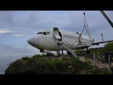 العرب اليوم - طائرة