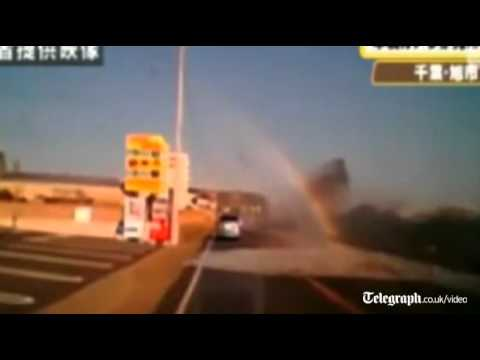 Scary Video From Inside Car Hit By Japanese Tsunami