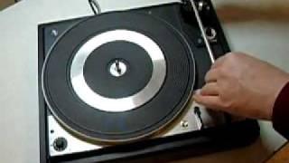 Zweischraubdreher - How to open up a Dual turntable