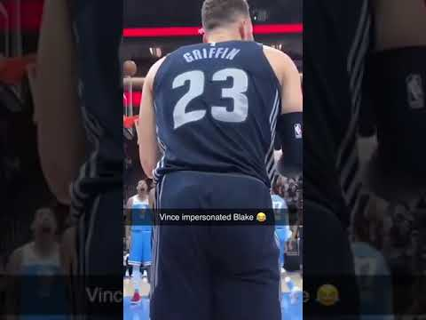 When Vince Carter impersonated Blake Griffin during the game 😂