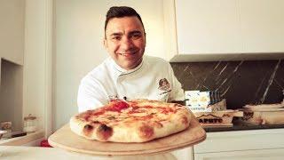 Neapolitan pizza at home by Davide Civitiello