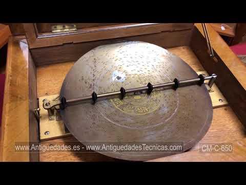 Gran Caja de Música Antigua. Symphonion de Doble Peine. Con 14 Discos. Suiza, 1890.