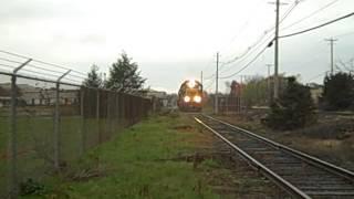 preview picture of video '10/23/2012: CSX Albany D / River SD: C712 @ QR 90.5 - Tech City IT; Part II'