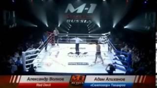Русский нокаутирует чемпиона Дагестана за 20 секунд