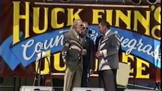doyle lawson and quicksilver- huck finn 2003.wmv