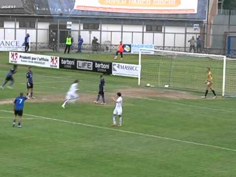 Preview video Us Latina Calcio-Ac Prato 1-1