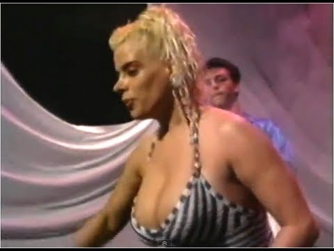 Lia Crucet - Qué Bello