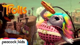 """""""I'm Coming Out / Mo' Money Mo' Problems"""" Clip 