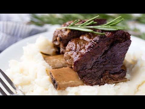 How to Make Slow Cooker Beef Short Ribs