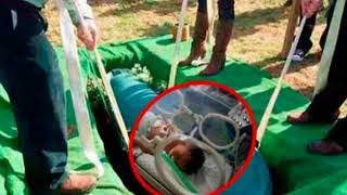 Женщина после смерти родила ребенка в гробу. Это что-то невероятное