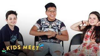Kids Meet a Gender Non-Conforming Person (Sandor & Michela) | Kids Meet | HiHo Kids