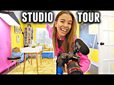STUDIO TOUR 2018! (Makeup collection, camera equipment & more)✨??