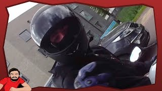 Moped Thieves armed and ready - South Kensington 2018