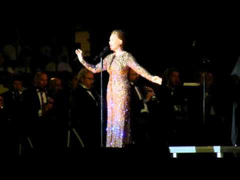 Paloma San Basilio - No llores por mí Argentina