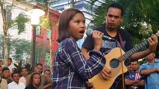 Download Video Sedap budak ni nyanyi,berdiri bulu roma kalau dengar MP3 3GP MP4