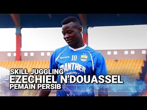 Skill Juggling Ezechiel N'Douassel Di Latihan Persib Bandung