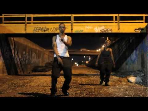 Naimah ft Cutt Dogg-RUMBLE IN THE BRONX (OFFICIAL MUSIC VIDEO)