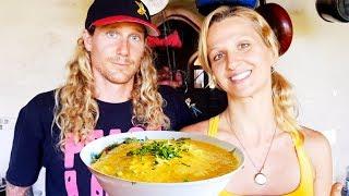 BEST Raw Vegan Curry Recipe ➤ Mango Kale Coconut Bliss