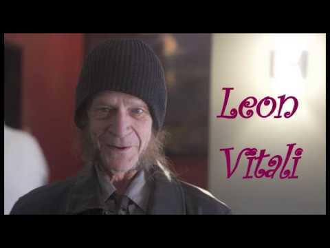 Смотреть          Леон Витали
