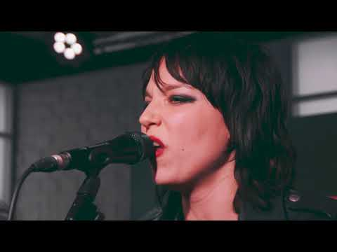 Halestorm - Vicious (Planet Rock Live Session) - Planet Rock
