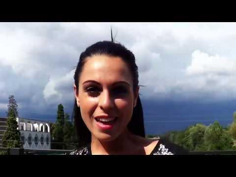 Francesca Pumilia - Vivo in un mondo tutto mio