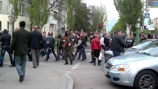 Захват городского и областного отделов Луганской милиции  и СБУ 29.04.2014
