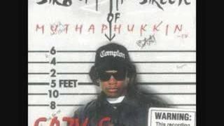 Kadr z teledysku Boyz-N-Tha Hood (G-Mix) tekst piosenki Eazy-E