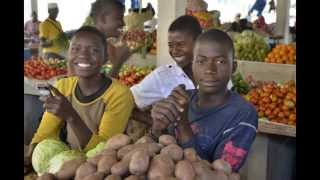 preview picture of video 'Nacala Market'