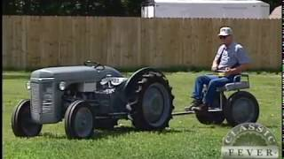 This Classic Tractor Doesn