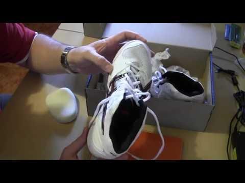 Кроссовки волейбольные Asics GEL TASK MT