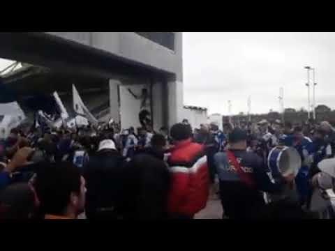 """""""tema nuevo de la brava!"""" Barra: La Brava • Club: Alvarado"""