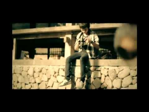 CALVIN JEREMY - WANITA TAK BIASA (OFFICIAL MUSIC VIDEO) 2011
