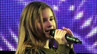 Мария Панюкова (11 лет). Босая. 21.12.2018.